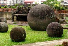 Voyage au Costa Rica: les sphères mégalithiques du Costa Rica, dites Bolas de Diquis