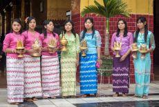 Voyage sur-mesure en Birmanie: Le Nouvel An