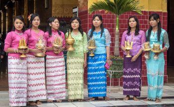 Voyage en Birmanie: Le Longyi, habit traditionnel