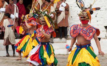 Voyage découverte du Bhoutan sans trek en dix sept jours