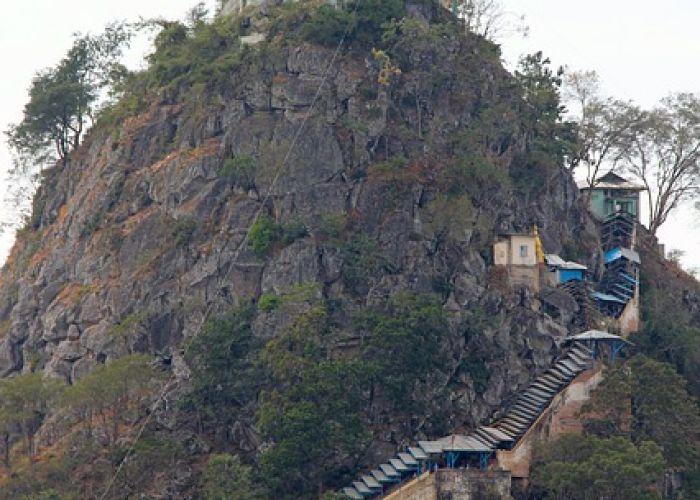 Trek Birmanie : à la découverte du mont Popa