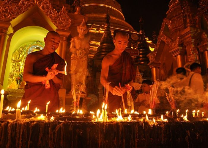 Fêtes traditionnelles en Birmanie (Myanmar)