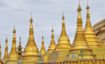 Voyage en Birmanie avec une fugue aux grottes Monywa