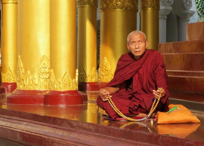 Voyage organisé en Birmanie : Extension au Rocher Or en deux jours