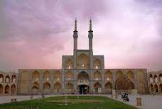 Voyagiste Iran : Quel circuit en individuel ?
