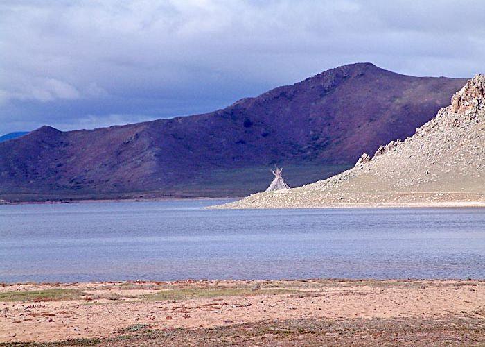 Séjour organisé en Mongolie: découverte des lacs en cinq jours