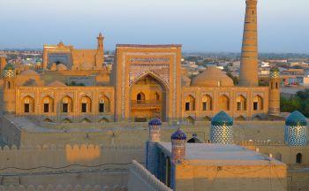 Grande découverte de l'Asie Centrale en trente-deux jours
