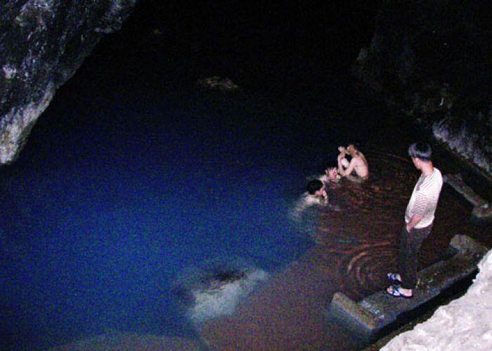 Extention au lac de Kow Ata et à la forteresse de Gokdepe en un jour