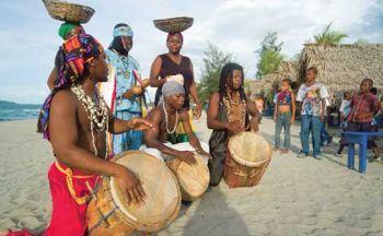 Extension chez les Garifunas sur la côte Caraïbe, randonnée à travers les vestiges du Honduras en onze jours