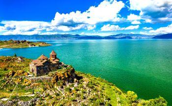 Vacances en Arménie : Voyage sur le lac Sevan